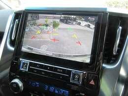アルパイン10インチワイドナビには安全装備のバックカメラも搭載しております。