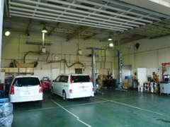 サービス工場完備でアフターサービスも安心です♪