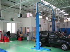 広い新型整備工場完備で、サポート体制ばっちりです!