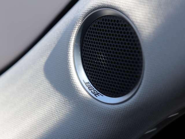 BOSEのサウンドシステムが標準で装備されております♪ 音質にこだわる方にオススメの装備です!