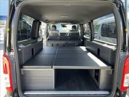 シートを全て設置していただくと、大人の方が2人就寝可能なベッドタイプにもなります!