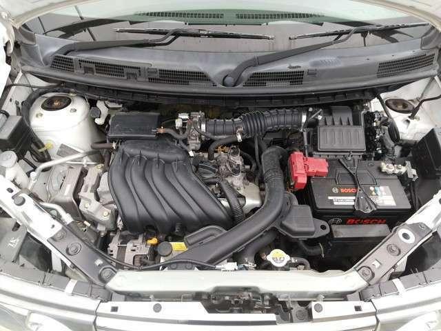 エンジンルームです!!エンジンの状態は好調です♪♪異音、振動等もありません!!是非一度ご見学ください♪♪