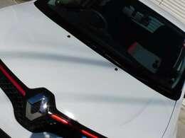 237箇所による点検項目を基にエンジンオイルの交換及び24ヶ月法定点検の整備を実施、保安基準不適合品の交換は勿論、次回の車検まで円滑にご使用できる様メンテナンスする事により安心並びに信頼をお届け!