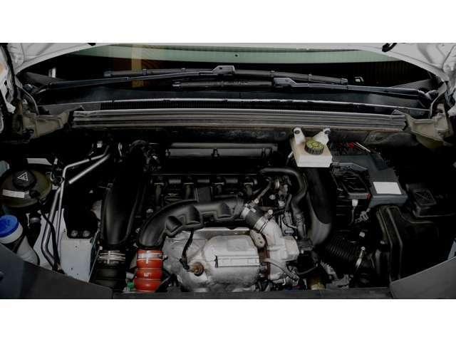 """1.6リッター直噴""""ツインスクロール""""ターボエンジンは156psと24.5kgmを発生する。メーカー公表の燃費(JC08モード)は11.3km/リッター"""