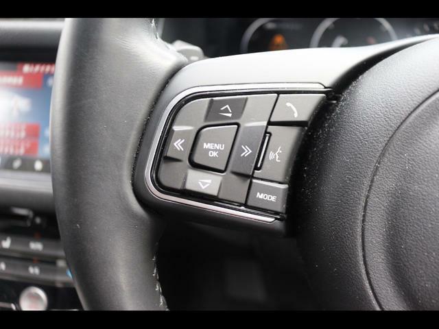 上からドアロック、3パターンシートメモリーボタンです上からドアロック、3パターンシートメモリーボタンです上からドアロック、3パターンシートメモリーボタンです
