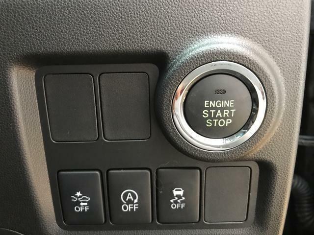 エンジンスタートはこのボタンを押すだけ!!