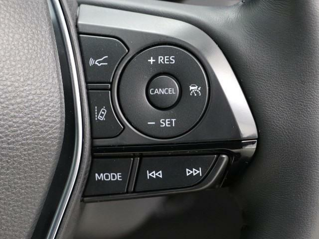 ドライブレコーダー装備してますよ。 思いでの記録や万が一の時の記録にも便利ですね。