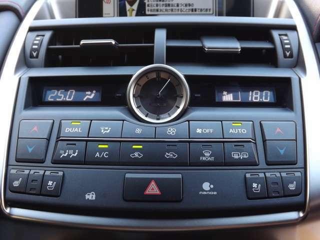 ★純正デュアルエアコン搭載で快適ドライブをお楽しみ下さい♪
