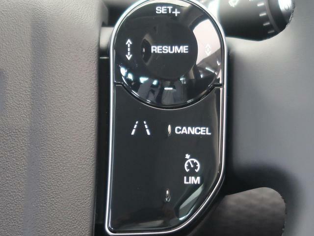 ◆ACCアダプティブクルーズコントロール『高速道路を走行中、あるいは渋滞した道路を走行中、前方の車両が速度を落としたり停止した場合に安全な車間距離を保ちます。