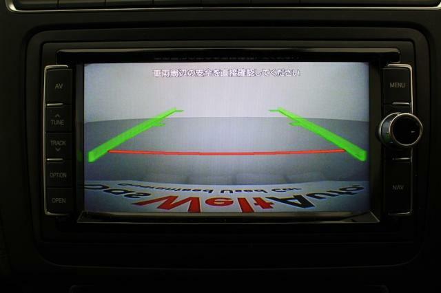 リヤカメラが装備されていますので、車庫入れが苦手な方もご安心頂けます。