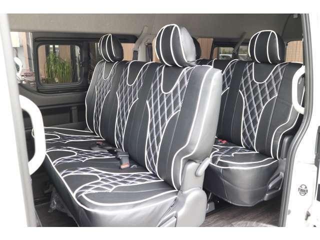 2列目3列目S-GLシート!前方フルスライド!ロングスライドレールにて広々展開出来ます!IFUU欧州車デザインシートカバー!ステッチカラー選べます!車輌持ち込みにて内装施工出来ます!