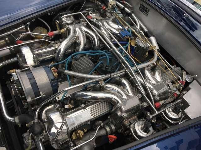 輸入車の修理や整備は高いと思っている人は多いですが、純正品同等の社外品や良質中古部品を使う事により、ディーラーの半分以下での修理、整備も可能です。お気軽にご相談ください。