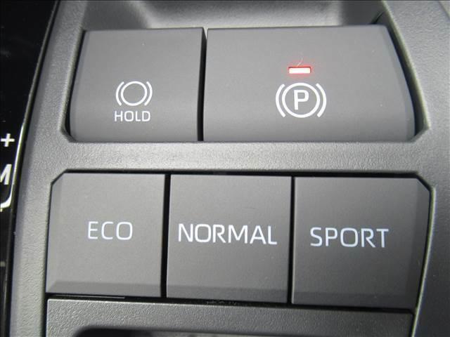 エコ、ノーマル スポーツと走行モードをお楽しみいただけますよ。