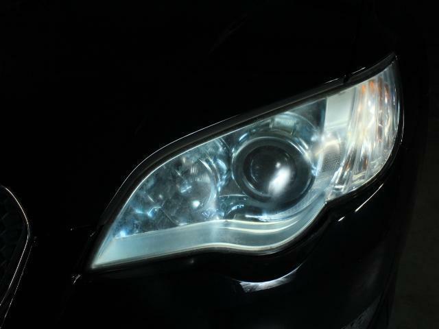 ヘッドライトも非常に綺麗で使用感は有りません!