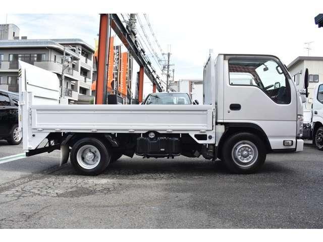 ■10尺標準トラック■総重量5t未満ですので免許OK■