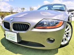 BMW Z4 ロードスター2.2i 電動オープン/ETC/純正アルミ/車検整備付