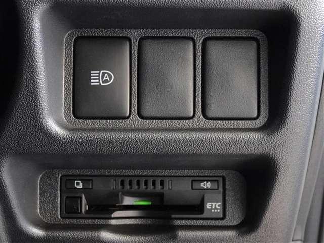 高速道路で便利なETCを装備してます。