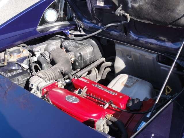 大変快調なエンジン こちらも安心してお乗りいただけます。
