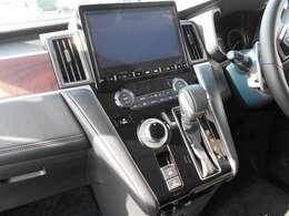 10インチモニター・バックカメラ・フルセグTV・DVDビデオ再生機能付きナビゲーション搭載車です。