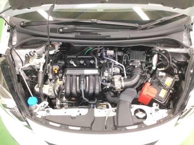 クリーン&低燃費。優れた環境性能を実現しています。