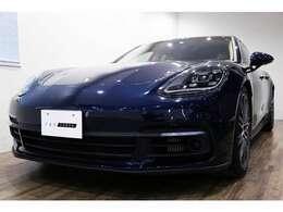 正規ディーラー車 2017年モデル PORSCHE パナメーラ4S PDK 右ハンドル ナイトブルーメタリック/ブラック×ルクソールベージュレザー