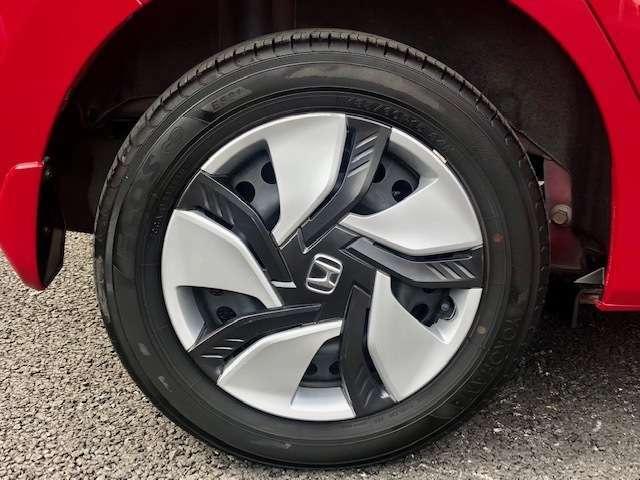 足元をグッと引き締めてくれるデザインの良さはもちろん、安定した軽快な走りも実感できます。