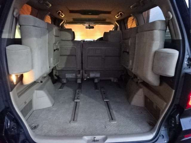 シートを起こせば充分なスペース確保できます!ご確認下さい!