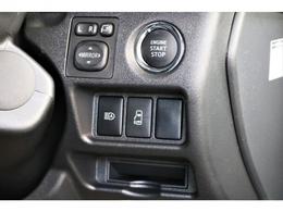 メーカーオプションのスマートエントリー、スタートシステム搭載されており、スムーズに車両を発進することができます!!