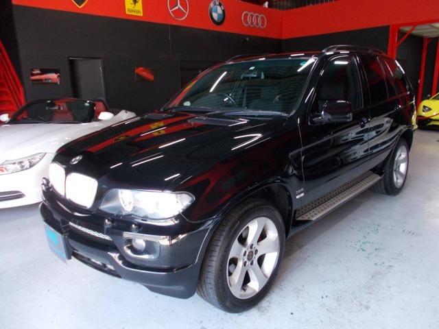 ディーラー整備車両の程度良好な人気ブラックX5の入庫です!今まですべてディーラーメンテナンスのお車です!