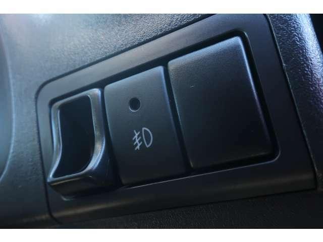 陸送無料 4WD メモリーナビ ワンセグ リフトアップ 新品M/Tタイヤ ショートバンパー 社外マフラー シートヒーター キーレス エアバッグ ABS 電動格納ミラー ミラーウインカー パワステ エアコン エアバッグ