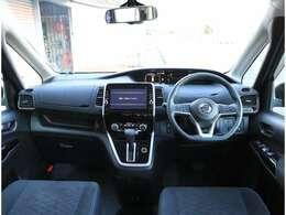 全方位で視界が広く、気持ちがよくて、運転もしやすい室内です!