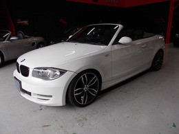 BMW 1シリーズカブリオレ 120i キセノン 電動オープン ナビBカメラ 18AW
