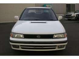 28年経過した車両です。写真では比較的綺麗に見えますが細かなキズ、劣化は御座います。現車確認をお勧めします。