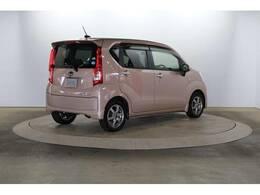 かわいらしいピンクのステラです!こちらのボディーカラーは汚れや傷も目立ちにくくオススメ!車内もアイボリー内装ですので清潔感もありオススメです!
