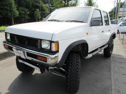 日産 ダットサン 2.0 ダブルキャブ AD 4WD