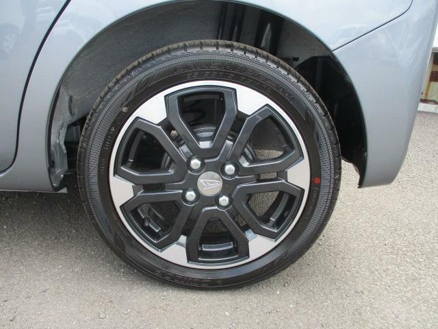 また、初回車検前のお車には、「まごころ保証プラスα」を7,920円という低価格で付けることが出来ます。これは、新車保証を2年間延長する保証となります。詳しくはスタッフまで。