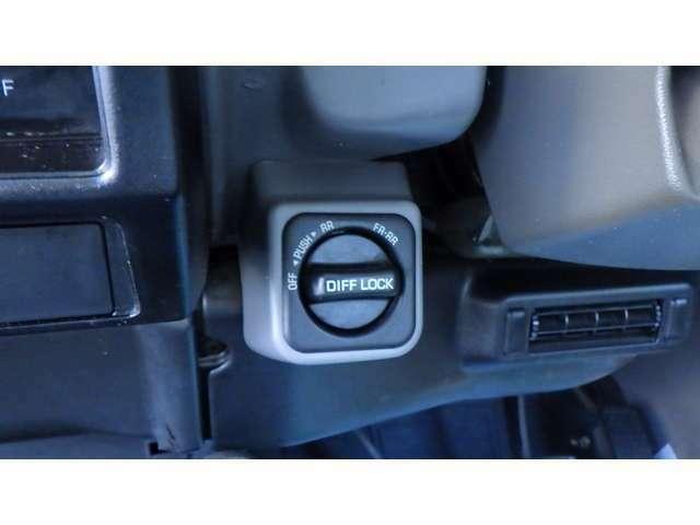 後期型リーフ最終・前後デフロック・ZEAL2インチUP公認・幌新品!ブラッドレーV5本・ジオランダーG003M/T新品・マニュアルハブ・フェンダーミラー新品・プロコンプショック新品・ETC