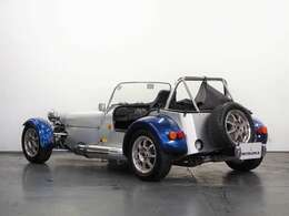 当店の展示車両は、全車自動車鑑定協会『 JAAA 』の鑑定を受けておりますので、ご安心してご購入頂けます。