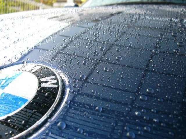 Aプラン画像:雨が降った後も水垢になりにくく大切な愛車を水滴から守ってくれます!