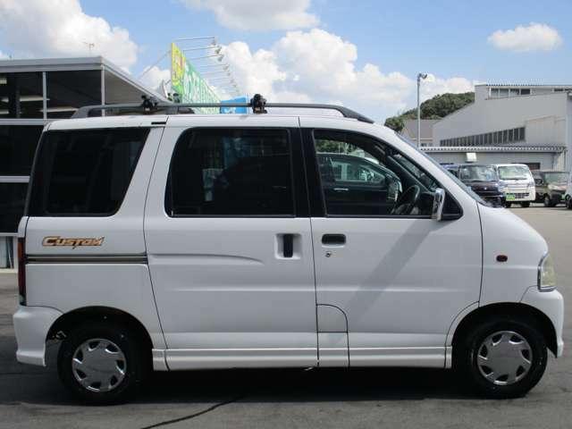 東京海上日動火災保険の代理店ですの万が一の事故も安心。任意保険は車を購入するときに見直しが必要です。プロのスタッフが金額や保証を含めてお客様の最善な保険内容を提案させて頂きます。
