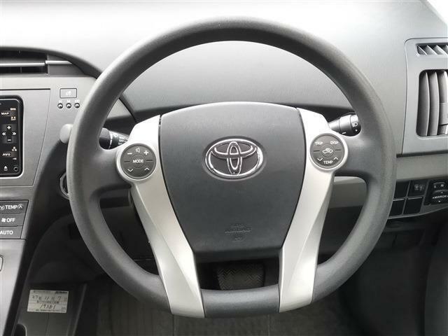 当社の展示車両は、業界屈指の検査専門会社である「株式会社AIS」による車両検査を受けております。第三者機関の厳正なるチェックを行い、修復歴の有無を開示しております。