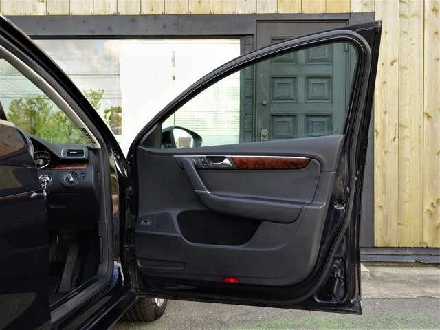 ◇当店は創業以来、愉しい車・乗っていて面白い車を提案したい。1台1台心を込めてお客様に喜んでいただけるように日々頑張っております!