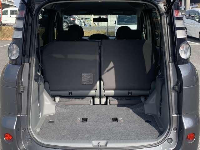 「シート格納」 シートを格納すればさらに大容量のスペースが出現!