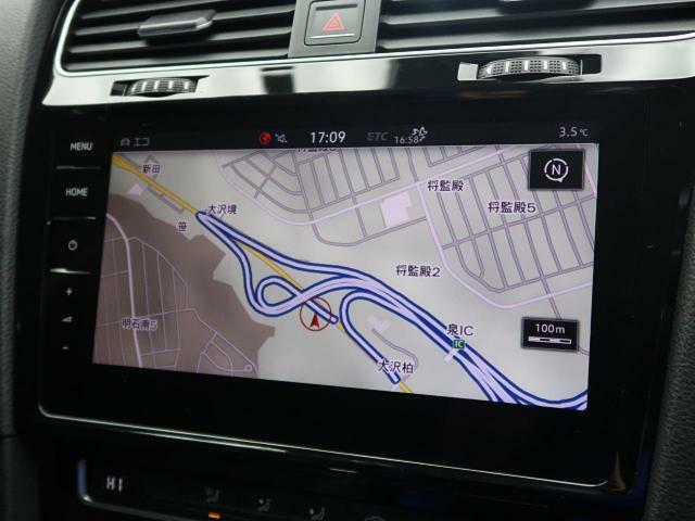 DiscoverPro(9.2型の大型ディスプレイ装備で、SDナビや地デジ、DVD再生、AppCarPlayも可能になります。)