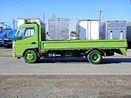 車両総重量6075kg 最大積載量3000kg