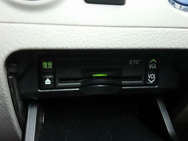 ETCが付いてますので高速道路のドライブも楽々です♪