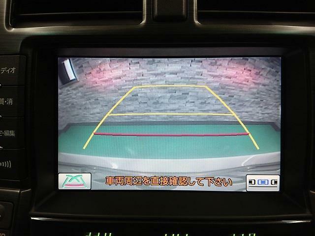 バックカメラ装備で駐車の際は安心です!