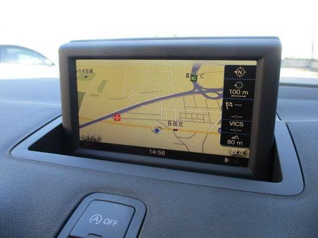 純正HDDナビが装備されております♪画面もクリアで見やすく運転中も確認しやすいです♪フルセグTV+DVD視聴もお楽しみ頂けます♪ロングドライブの時でも快適にドライブをお楽しみ頂けます♪