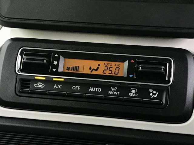 【フロントオートエアコン】温度設定をするだけで、風の温度・風量・吹き出し口を勝手に決めてくれるスグレモノ!車内を簡単に快適にしましょう。