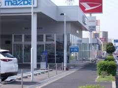 泉佐野店ではお客様のお車の整備やお困り事には迅速にご対応させて頂いております。